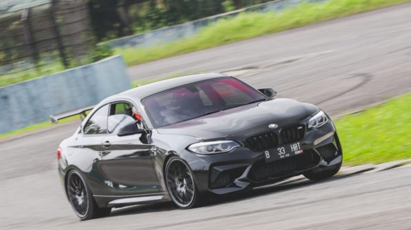 How to turn your M2 into a tracktoy..